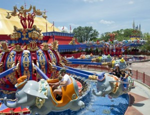 Dumbo Ride Side by Side