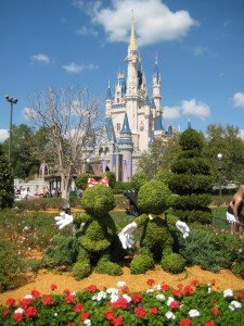 FREE Disney Gift Card with 2013 Disney World Packages
